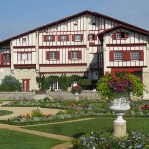 Arnaga - façade au levant © Villa Arnaga