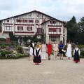 Les Premières Dames du G7 chez Edmond Rostand